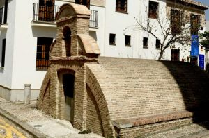 Aljibe del Rey (Placeta Cristo Azucenas)